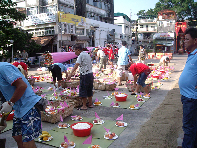 China: Hungry Ghost Festival