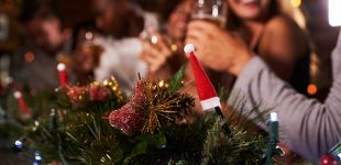 5 Ways You Can Impress Your Boss in this Year's Christmas Party
