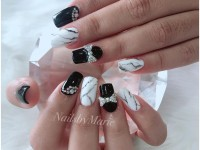 Nails by Marie Salon 18.jpg